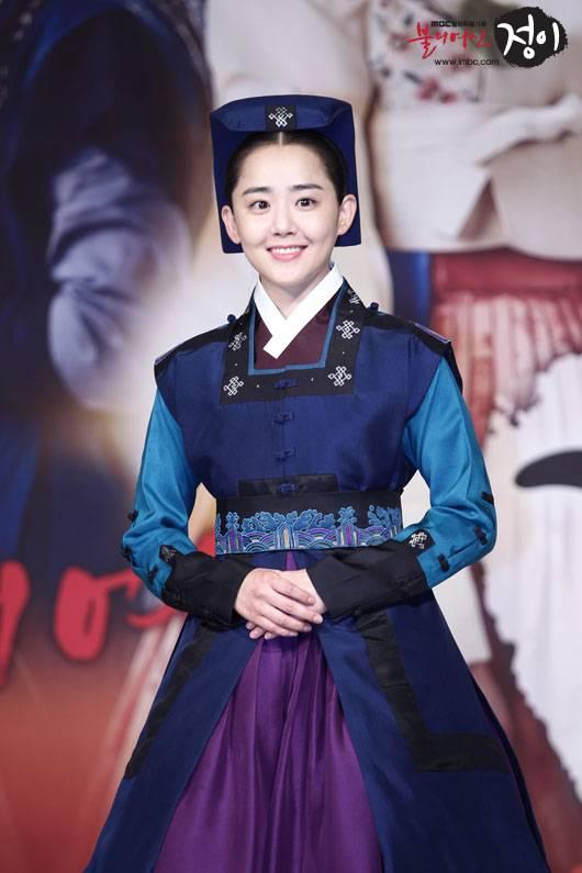 มุนกึนยองได้รับบาดเจ็บที่ดวงตาขณะถ่ายทำละคร 'Goddess of Fire, Jeongi'