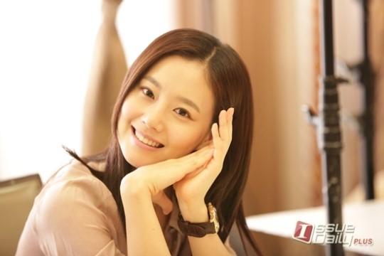 มุนแชวอนเผยเหตุผลว่าทำไมเธอถึงรู้สึกสบายใจที่ได้ร่วมงานกับซงจุงกิและจูวอน