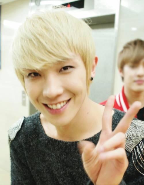 Lee-Joon_1382046614_MALE8a