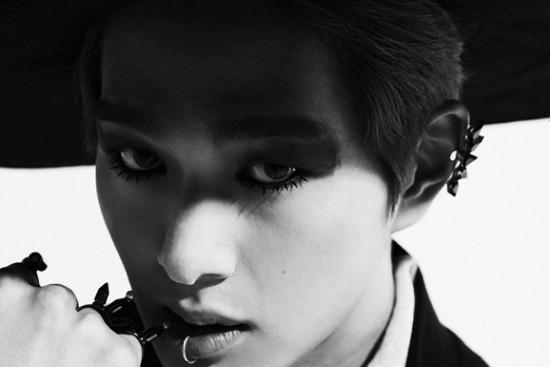 """SHINee ปล่อยภาพทีเซอร์ของหนุ่มคนที่สอง """"อนยู"""" สำหรับมินิอัลบั้มใหม่ของพวกเขา"""