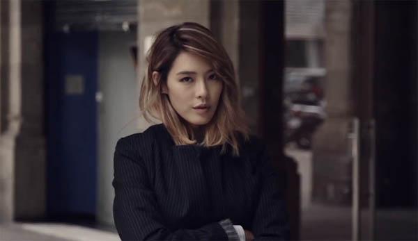 """กาฮีโชว์เสน่ห์และความเซ็กซี่ของเธอใน MV ทีเซอร์ """"It's Me"""""""