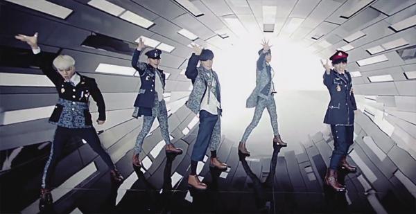 """มาแล้ว!!SHINee ปล่อย Music Video สำหรับเพลง """"Everybody""""!!"""