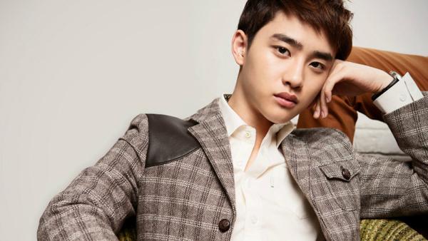 "D.O จาก EXO ได้รับบาดเจ็บที่ข้อเท้าจากการแสดงในงาน ""2013 MAMA"""