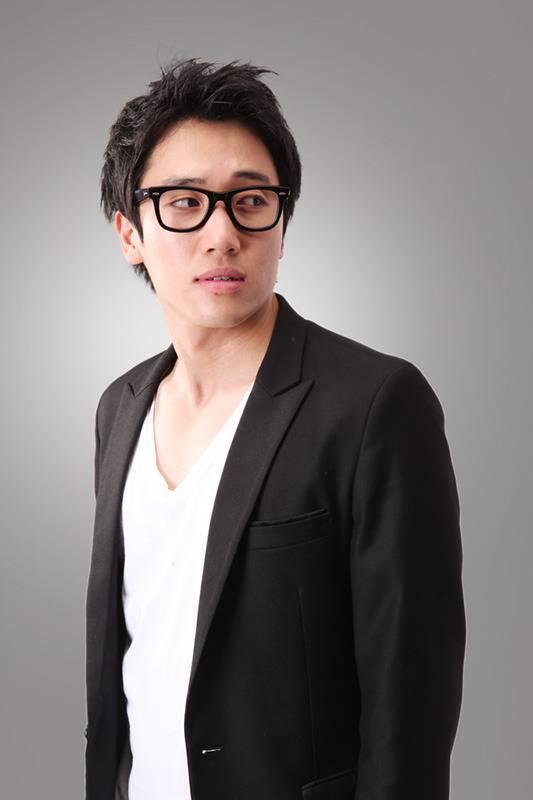 """นักแสดงตลกจอนยองจุงจาก """"Gag Tonight"""" เสียชีวิตจากการเกิดอุบัติเหตุรถมอเตอร์ไซค์"""