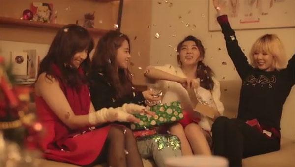 """ศิลปิน Cube และ A Cube ร่วมกันร้องเพลง """"Christmas Song"""" พร้อมกับปล่อย MV ออกมาแล้ว!!"""