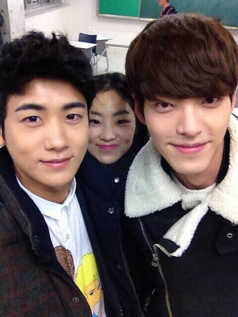 kim-woo-bin_1386989128_20131213_Heirs_BTS_6