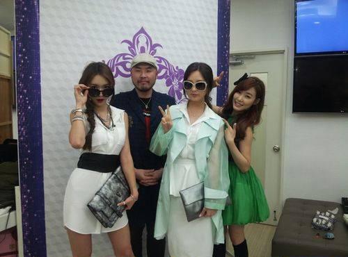 """ซอฮยอน SNSD เป็นนางแบบให้กับทิฟฟานี่ในรายการ """"Fashion King Korea"""""""