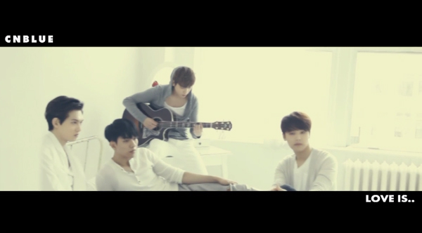 CNBLUE-love is