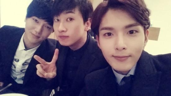 สมาชิก Super Junior เข้าร่วมงานแต่งงานของผู้จัดการจองฮุนปริ้นซ์เมเนเจอร์!!
