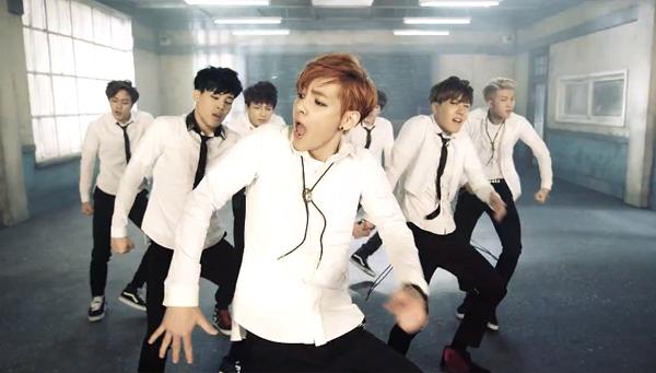 """BTS คัมแบ็คด้วย MV เพลง """"Boy in Luv"""" พร้อมกับปล่อยมินิอัลบั้ม """"Skool Luv Affair"""""""