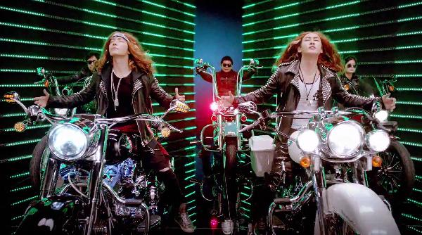 """ทงเฮและอึนฮยอก Super Junior ปล่อย Short PV เพลง """"Motorcycle"""""""
