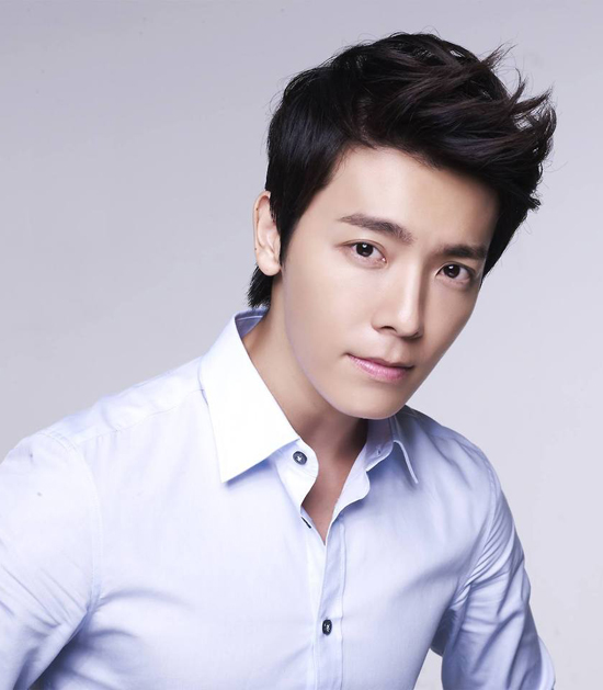 lee-donghae-2014-pictures