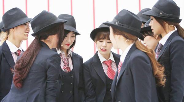 """มาแล้ว!![Live]Girls' Generation คัมแบ็คบนเวที M!Countdown ด้วยเพลง """"Mr.Mr""""!!"""