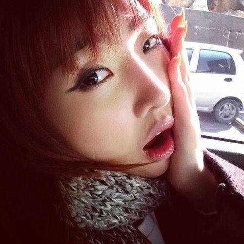 มินจี 2NE1 รู้สึกตื่นเต้นที่ได้เข้าเรียนในมหาวิทยาลัยวันแรก