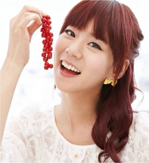 jang-na-ra_1395342537_Seungyeon