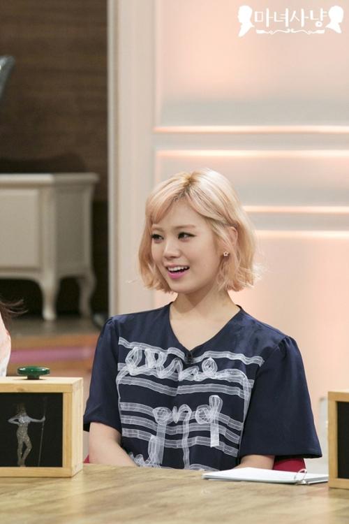 ลิซซี่กล่าวว่าเธอไม่ได้เดทกับ G-Dragon เพราะเขาอยู่สูงเกินไป!!