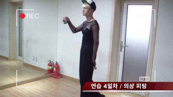 """A-Jax ปล่อยคลิปของซึงจินขณะตั้งใจฝึกเต้นเพลง """"Something"""" ของ Girl's Day เพื่อเป็น Boy's Day"""