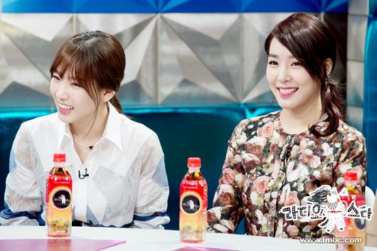 """Girls' Generation พูดถึงข่าวลือเรื่องเดทของพวกเธอในรายการ """"Radio Star"""""""