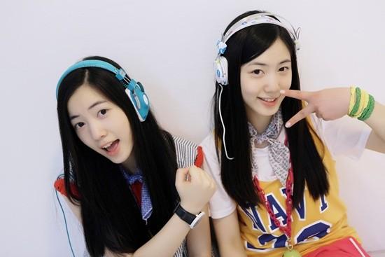 akdong-musician_1397252963_hwayoung_hyoyoung