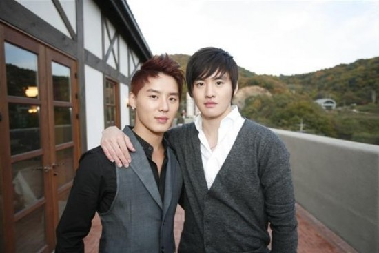 akdong-musician_1397252967_junsu_kimmooyoung