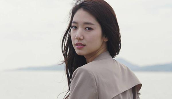 พัคชินเฮเผยว่าเธอต้องเจอช่วงเวลาที่ยากลำบากใจในงานอีเว้นท์ Lotte Duty Free