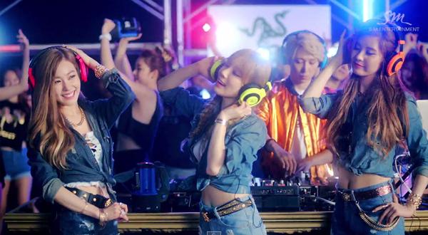 taetiseo_holler_comeback_2014
