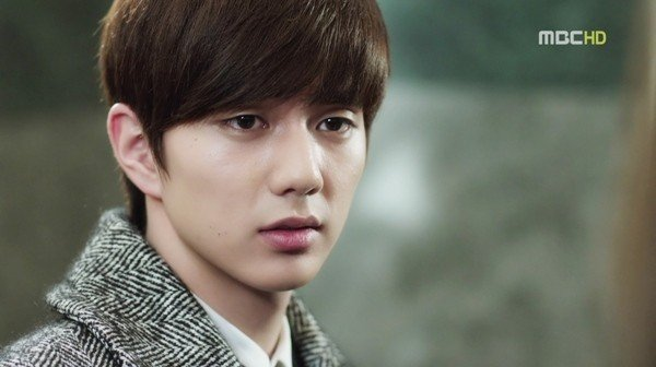 yoo-seung-ho-an-quyt-co-don-01-cine-kenh14-ce221
