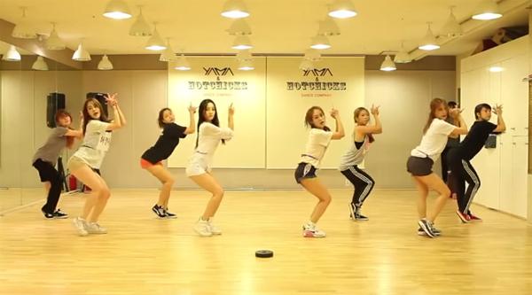 KARA_dance_mamamia_bang bang bang_2015