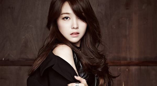 Girls-Day-Minah