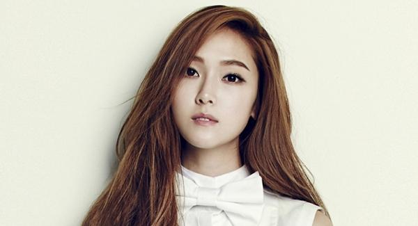 Jessica-solo-singer