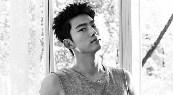 Taecyeon_1463465241_af_org