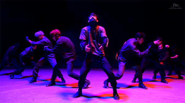 exo-performace-video-monster