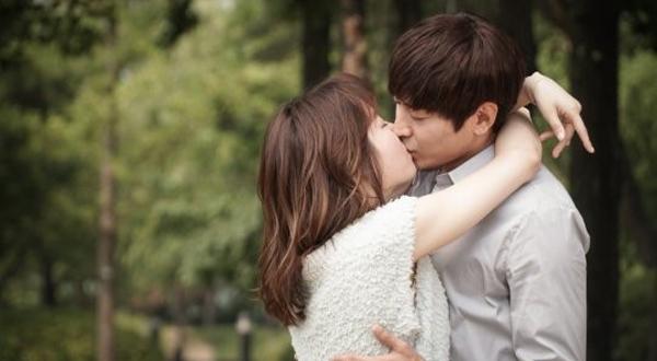 eric-seo hyun jin-kiss scene