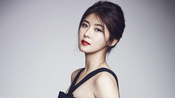 Ha-Ji-Won2