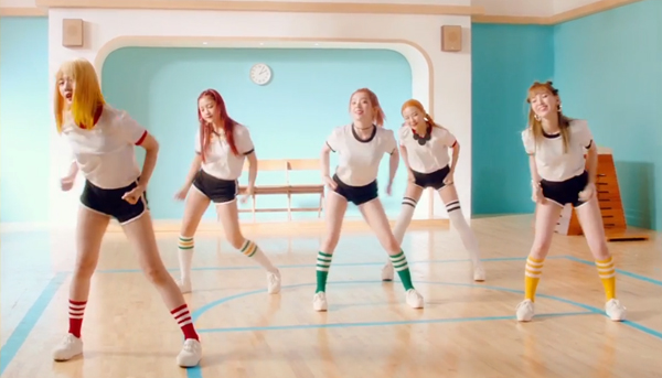 red velvet-mv-russian roulette