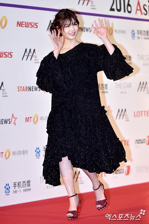 kim-yoo-jung-aaa2016